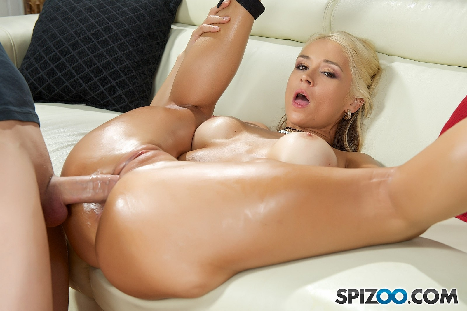 Stunning blonde extremely rough fucked